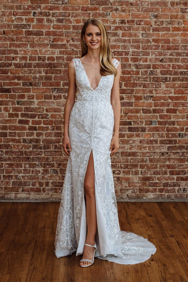 Wedding dresses photos swg785 by galina signature inside weddings davids bridal spring 2018 presentation v neck plunging gown embroidery high middle slit galina junglespirit Gallery