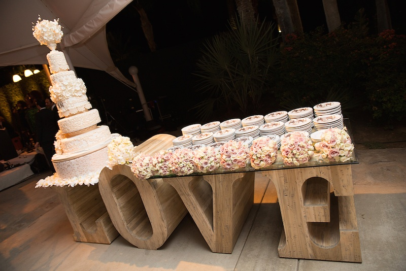 Tall Block LOVE Letters With Glass Tabletop And White Wedding Cake