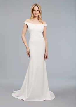 Blue Willow Bride Spring 2018 bridal collection Romy wedding dress crepe sheath gown