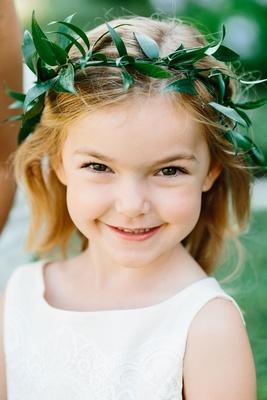 Flower crown flower girl verdure leaves green halo smiling flower girl