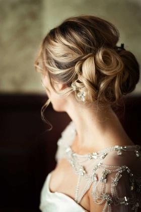 elegant hair chignon wedding