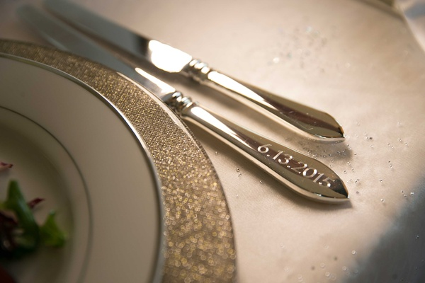 Wedding date engraved into knife for flatware during wedding reception