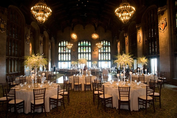 Wedding reception at Cathedral Hall of the University of Chicago Hall