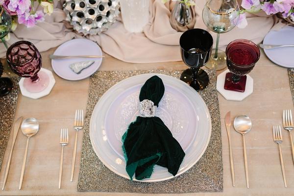 unique wedding color scheme forest green, lavender, and silver, forest green velvet napkin