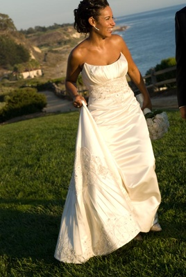 Ivory sleeveless wedding dress with embroidery