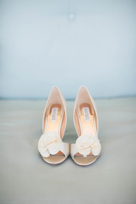 badgley mischka thora wedding heels with floral accent