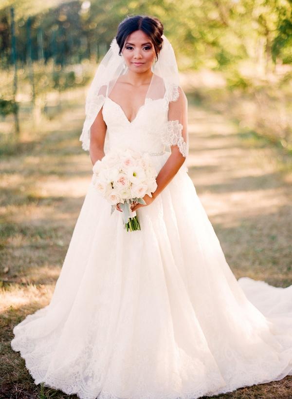 Wedding Dresses Photos - Alita Graham Bridal Gown - Inside Weddings