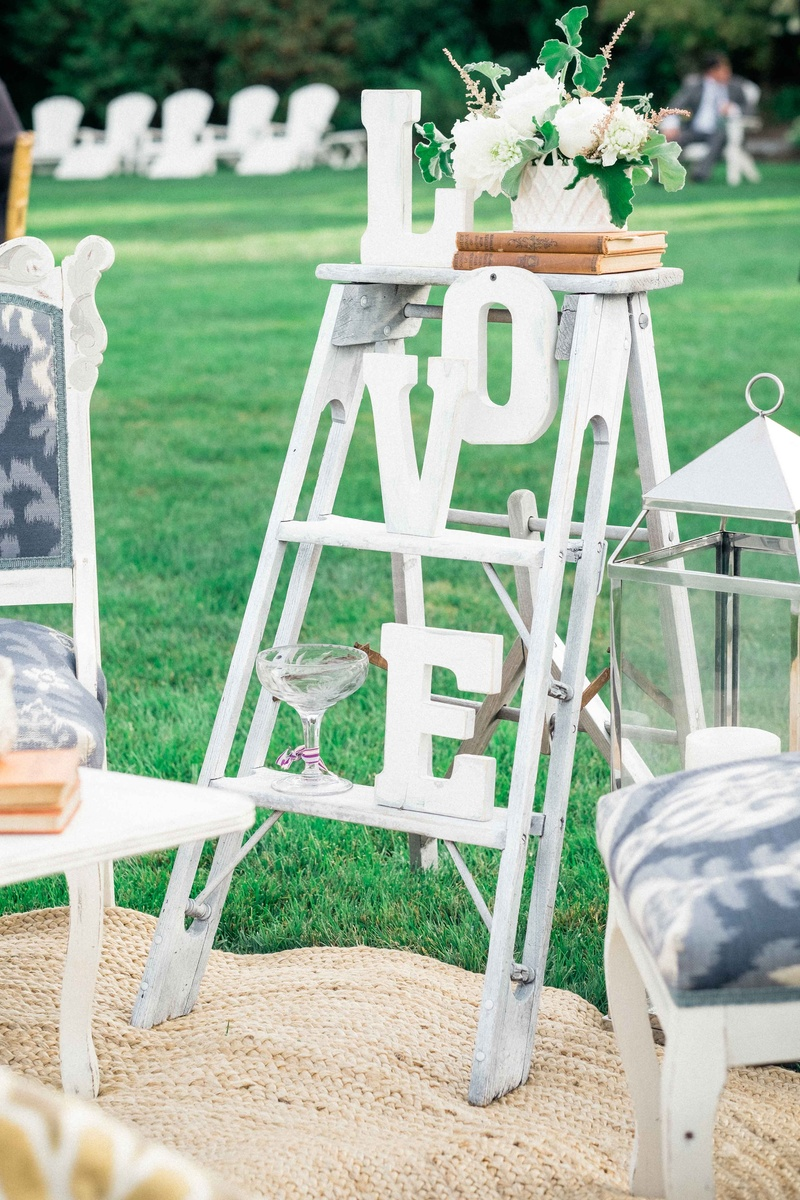 reception décor photos ladder with