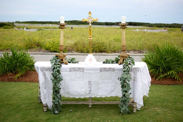 alfresco ceremony altar christian religion religious seaside cross crosses jesus wedding