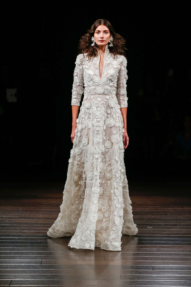 Bridal Week: Offbeat Bridal Gowns from Naeem Khan Bridal Fall 2017 ...