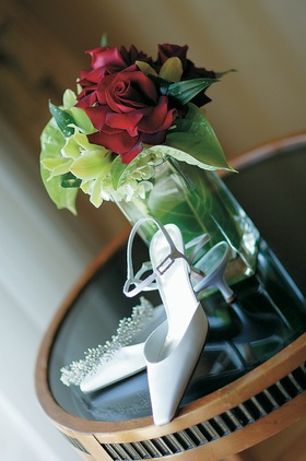 Closed toe wedding pumps with ankle strap and kitten heel