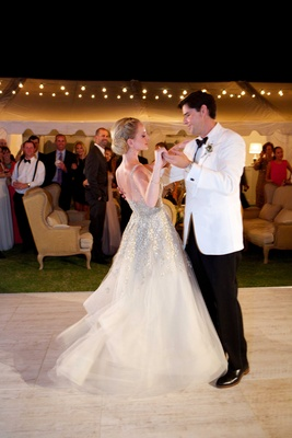 newlyweds first dance alfresco reception space dance floor twirl