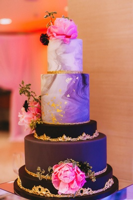 Modern contemporary wedding cake black layer gold details marble fresh peony flowers pink
