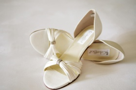 Ivory satin bridal shoes without a heel