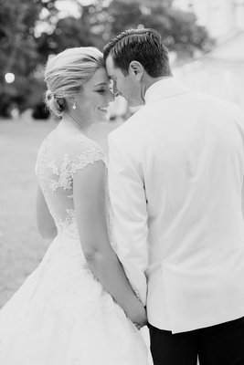 Black and white eskimo kiss bridal wedding portrait groom bride romona keveza wedding dress