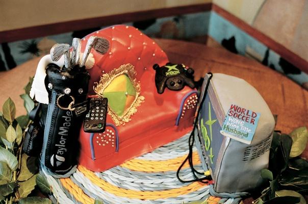 Groom cake design featuring groom's favorite things