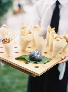 Paper cone tray appetizer for outdoor wedding fish and chips fried french fries