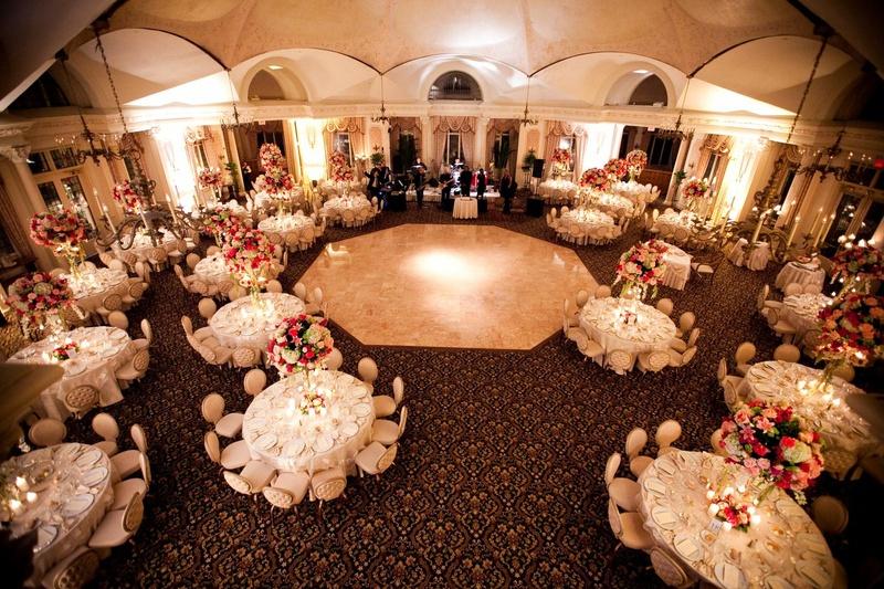 Reception Décor Photos - Octagon-Shaped Ballroom - Inside Weddings
