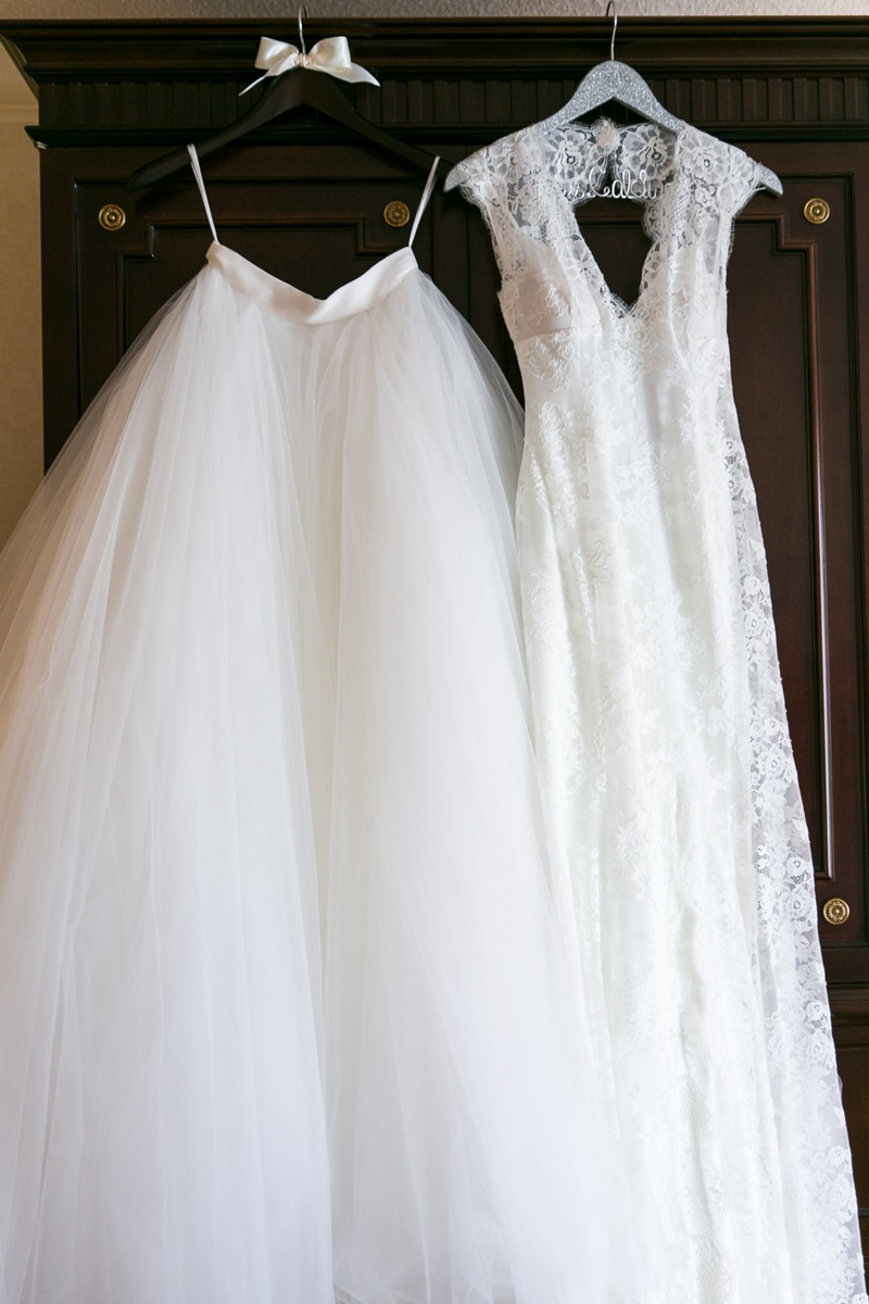 Monique Lhuillier lace wedding dress with tulle ball skirt