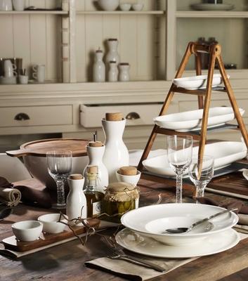 Villeroy & Boch Gifts porcelain kitchenware and plateware bottles plates bowls and serving platters