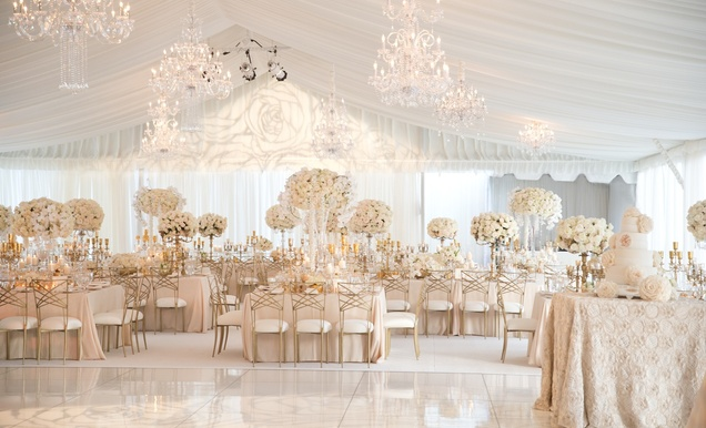 Elegant All-White Country Club Wedding with Natural Greenery