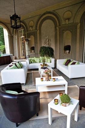 Glen Manor House lounge area wedding reception