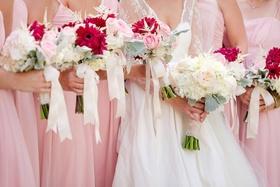 Summer wedding bouquet ideas with pink flowers