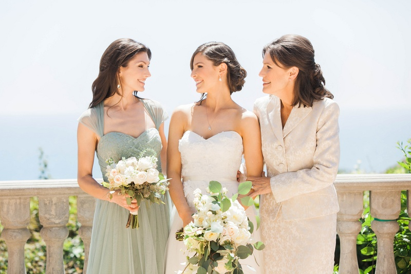 bride with her sister, maid of honor, and the mother of the bride in Santa Monica