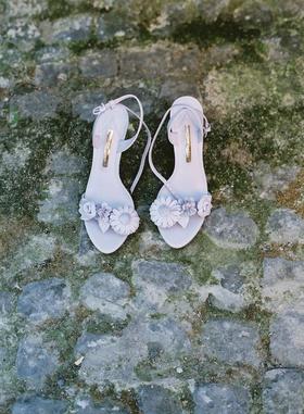 wedding shoes lavender purple pink undertone flowers on straps sandals peep toes sophia webster
