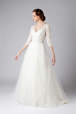 Vintage-Inspired Wedding Dresses from Modern Trousseau Spring 2017 ...