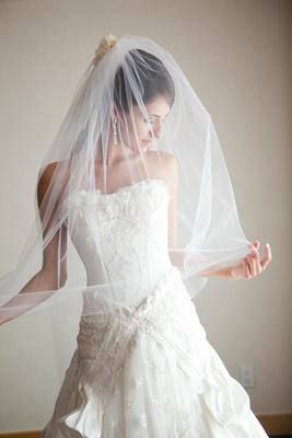 Samuel Cirnansck headpiece and wedding dress