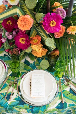 tropical wedding inspiration, simple dishware and goldware to not clash