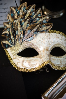 gold and white sparkle masquerade mask
