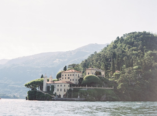 lake como wedding location villa del balbianello lake como views villa ceremony ideas