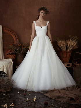 Isabelle Armstrong Spring 2018 bridal collection Chloe cap sleeve ball gown wedding dress