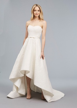 Blue Willow Bride Spring 2018 bridal collection Mia wedding dress sweetheart neckline high low gown