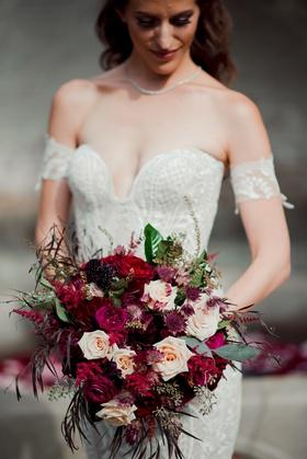 fall wedding bouquet, marsala and burgundy wedding bouquet