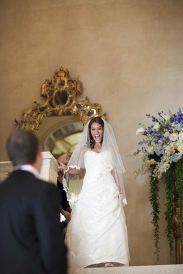 Bride in a Romona Keveza dress and veil at the Plaza Hotel