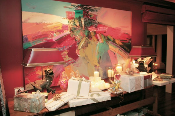 Wedding present area in front of abstract painting