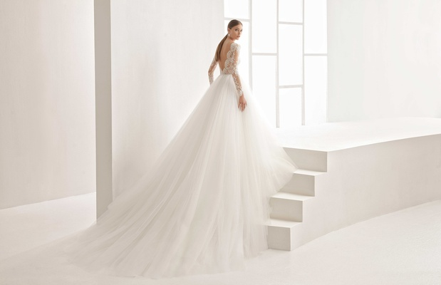 Rosa Clara Bridal Niher wedding dress princess style lace long sleeves low back and tulle skirt