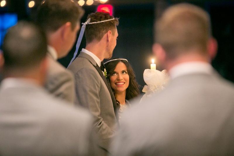couples photos alexis cozombolidis hunter pence at ceremony