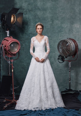 Sareh Nouri fall 2019 bridal collection wedding dress Scarlet lace v-neck long sleeve a-line