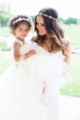 heidi mueller wedding, with flower girl daughter Savanna DeMarco Murray