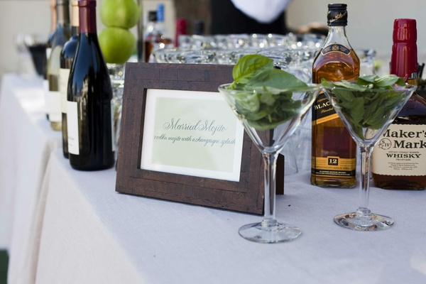 Wood frame with mojito ingredients on bar