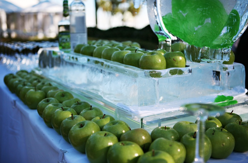 Ice sculpture displaying granny smith apples