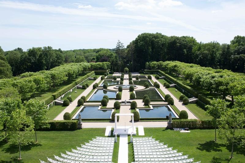 Castle Wedding Venues Ny | Locations Venues Photos Outdoor Ceremony At Oheka Castle