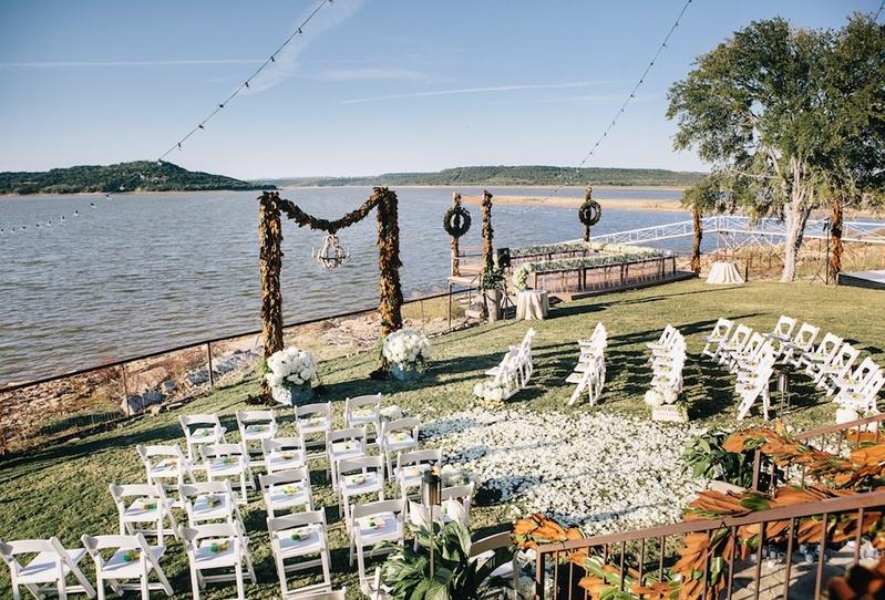 Backyard wedding in Texas on lake
