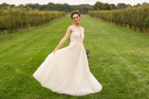 How I Met Your Mother and Nikita actress Lyndsy Fonseca in a line wedding dress embellished bodice