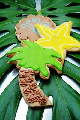 Palm tree and starfish shaped sugar cookies