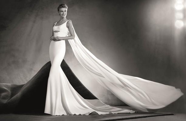 Atelier Pronovias 2017 Edurne Crepe Wedding Dress With Round Neckline Straps Cape Black And White
